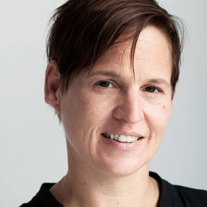 Steffi Mayr, quadrat, Team-Box, FARBE